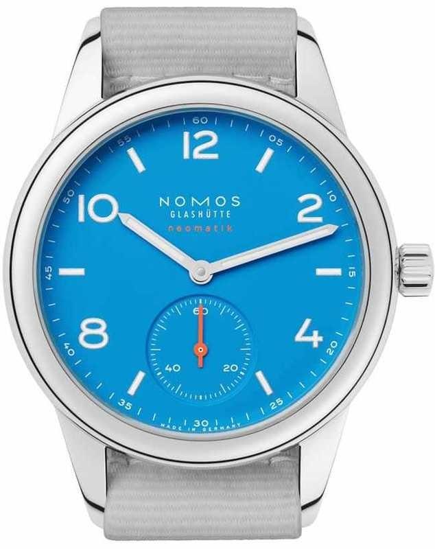 NOMOS Glashütte Club Neomatik Signalblau