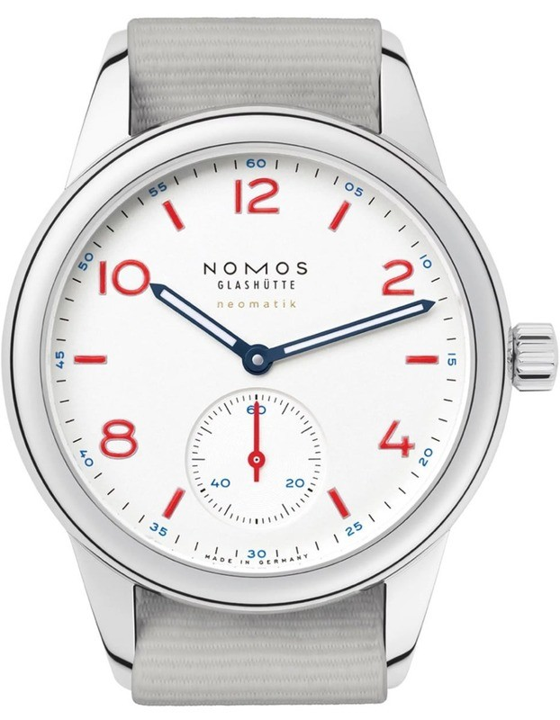 NOMOS Glashütte Club Neomatic Siren White