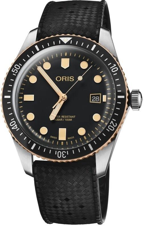 Oris Divers Sixty-Five Black Dial on Rubber Strap
