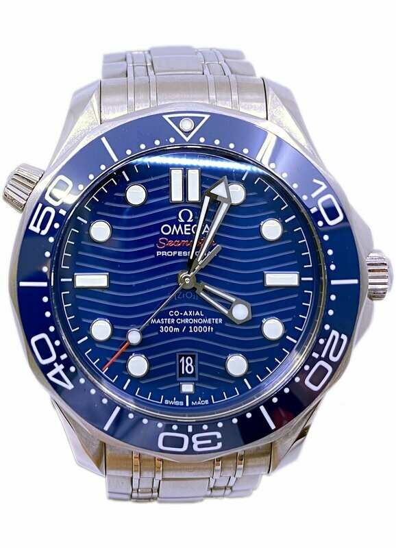 Omega Seamaster Diver 300M Co-Axial Master Chronometer on Bracelet 210.30.42.20.03.001