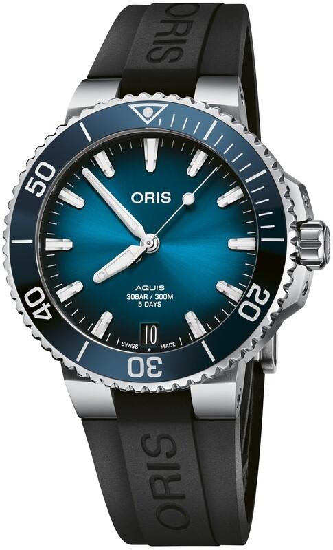 Oris Aquis Date Calibre 400 41.5mm Blue Dial on Strap