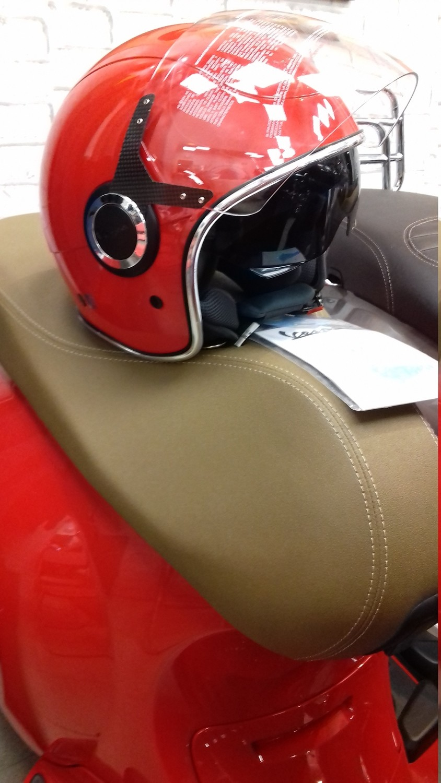 Шлем Vespa VJ размер: S Красный