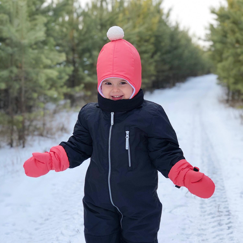 Комплект зимняя шапка и варежки на липучке