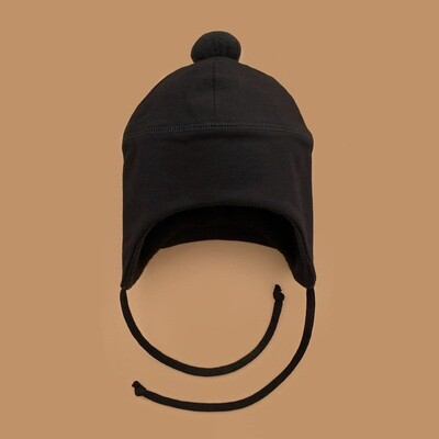 Шапка с помпоном (черный)