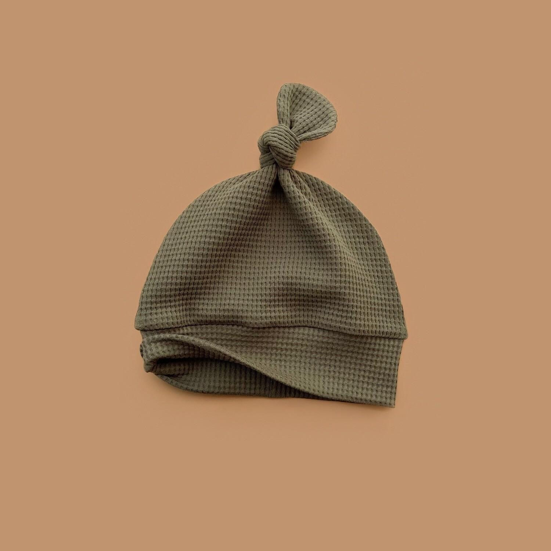 Лёгкая вафельная шапочка (зелёный мох)
