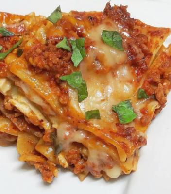 Veggie Lasagna Comfort Box - Saturday