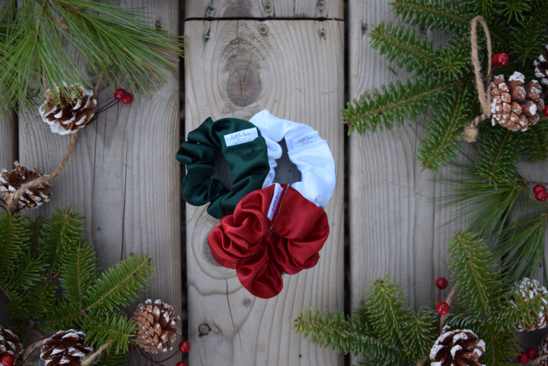 HOLIDAY SCRUNCHIE TRIO