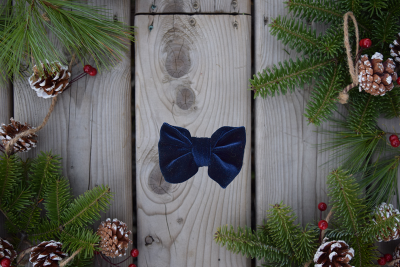FROST BOW TIE