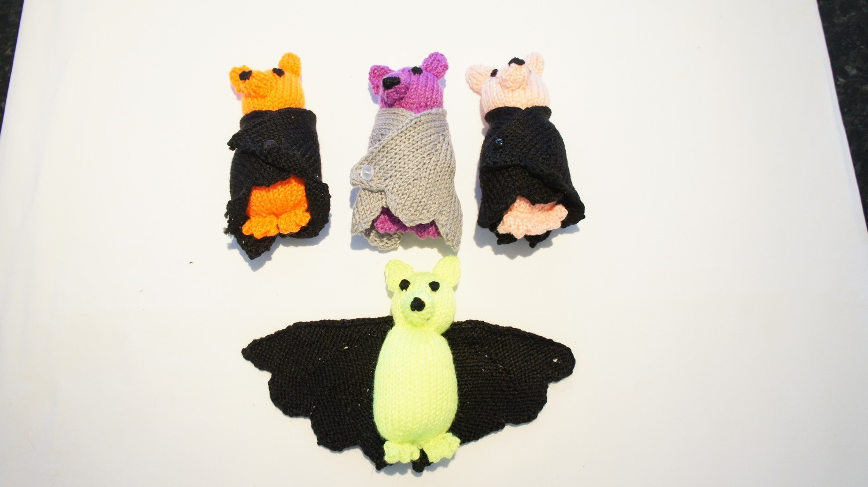 Knitted Bats