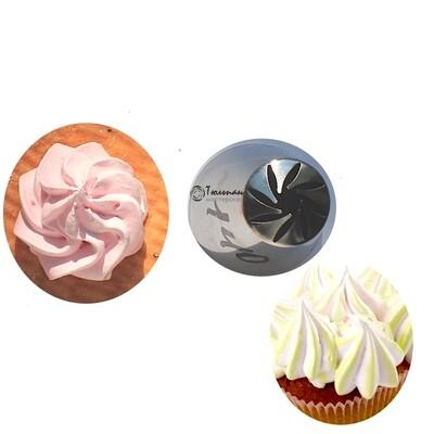 Насадка закрытая роза №140 Звёздное Колесо   M размер 8 скошенных лучей (Russian Pastry Tube Closed Rose #140 - Pinwheel   M size   by Tulip Workshop)
