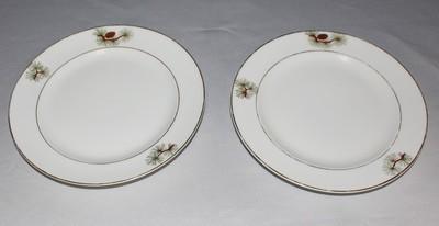 """Set of 2 Fukagawa Arita Pine Needles and Cones 7.5"""" Salad Plates #504, Japan"""