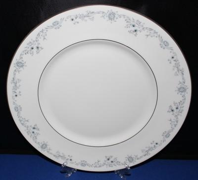 "Royal Doulton Angelique 10.5"" Dinner Plate English Bone Fine China H4997"