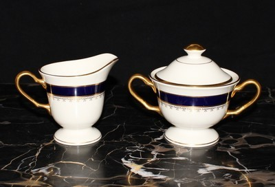 Pickard Washington Cobalt Blue & 24KT Gold Footed Creamer & Covered Sugar Set