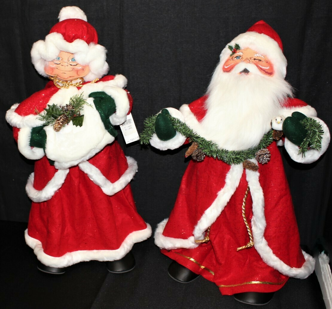 """Giant Pair of 2004 Annalee 30"""" Mr. & Mrs. Santa Claus Christmas Dolls w/ Tags"""