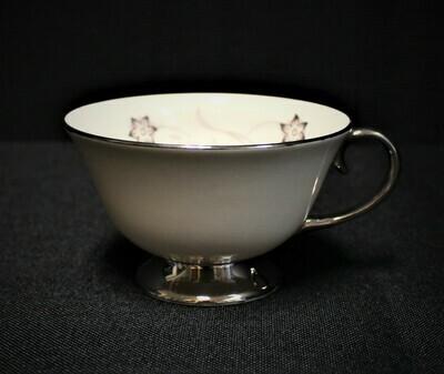 Flintridge China STARFLOWER Footed Cup, Platinum Coupe