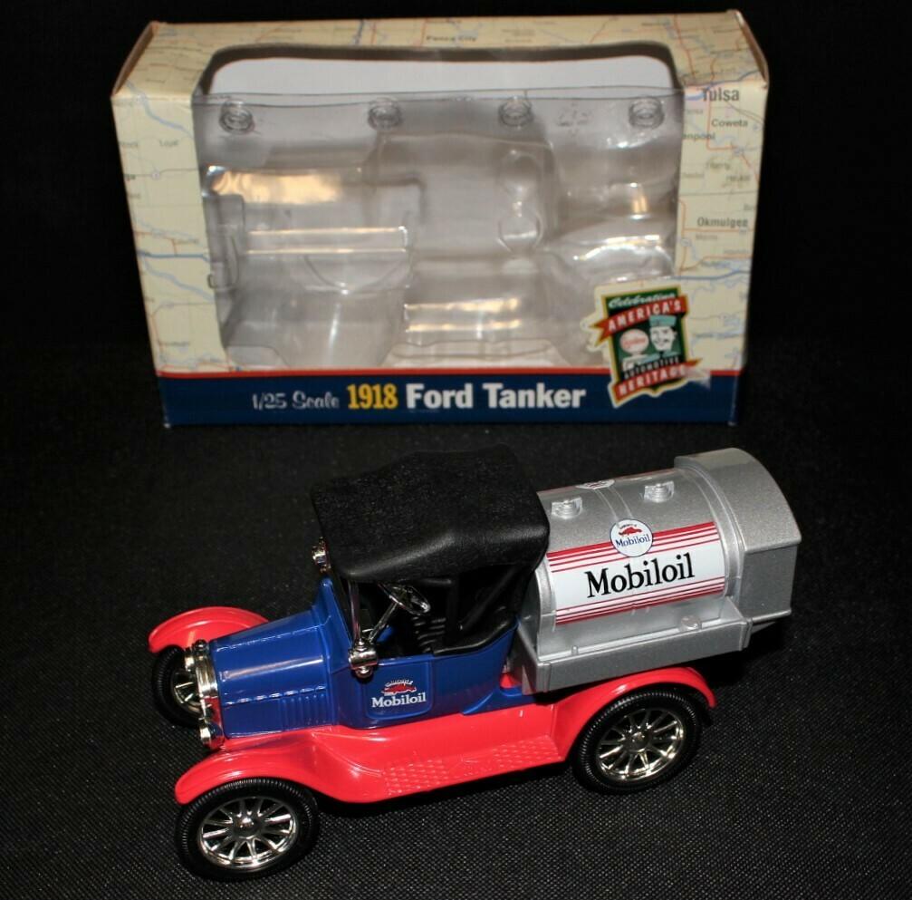 ETRL Mobiloil 1918 Ford Tanker Die-cast Truck 1/25 Scale in Original Box
