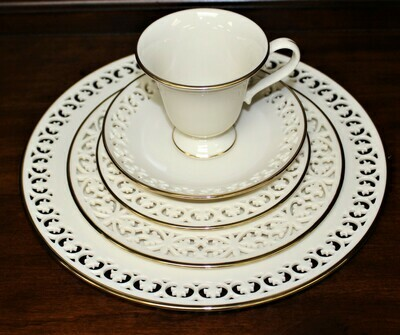 Lenox MODANO LACE GOLD 5 Piece Place Setting Reticulated Piercing Fine China