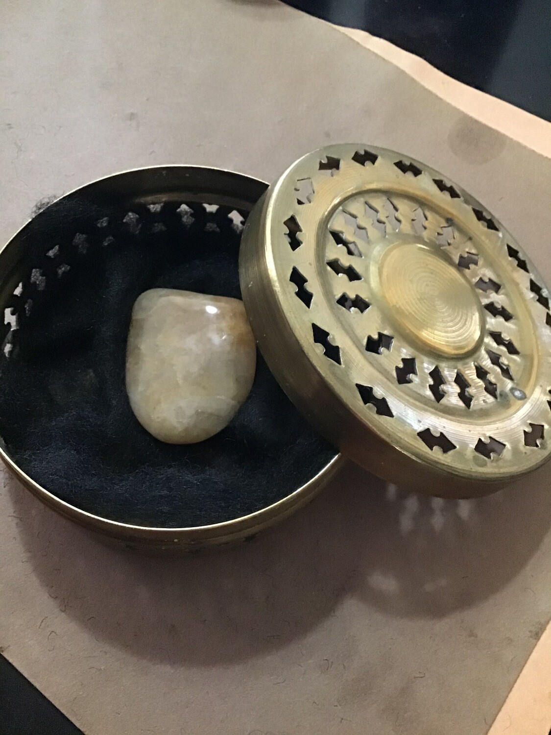 Medium Brass Vessel with Powerful Stone, Anoint Essence of the Soul, Out Of Body Experiences, Astral Projection