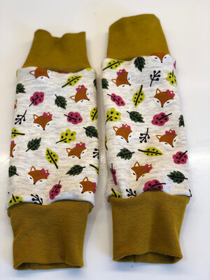 Fox & Leaves Alpine Fleece Leg Warmers - Grey
