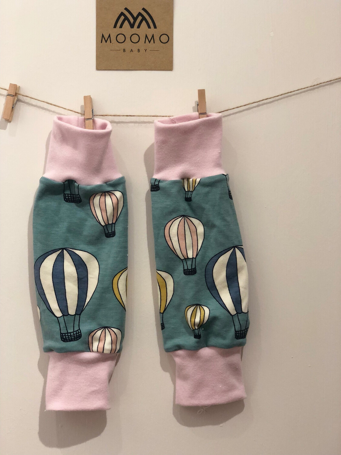 READY TO GO Blue Hot air balloons Baby Leg Warmers