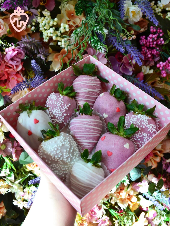 თეთრი & ვარდისფერი (9ც)   White & Pink (9pcs)
