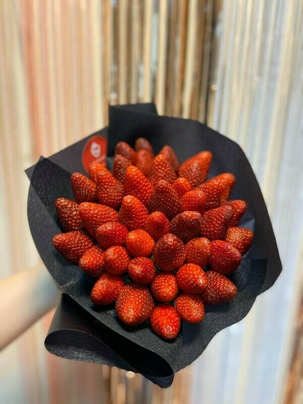 მარწყვის თაიგული | Strawberry Bouquet
