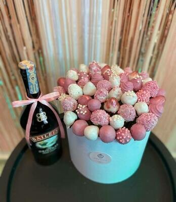 თაიგული დიდ ყუთში ვარდისფერი | Bouquet in a large box Pink