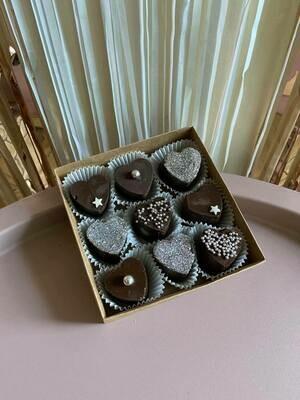 9-ცალიანი ნაკრები პატარა | Pack of 9 Chocolate Hearts Small