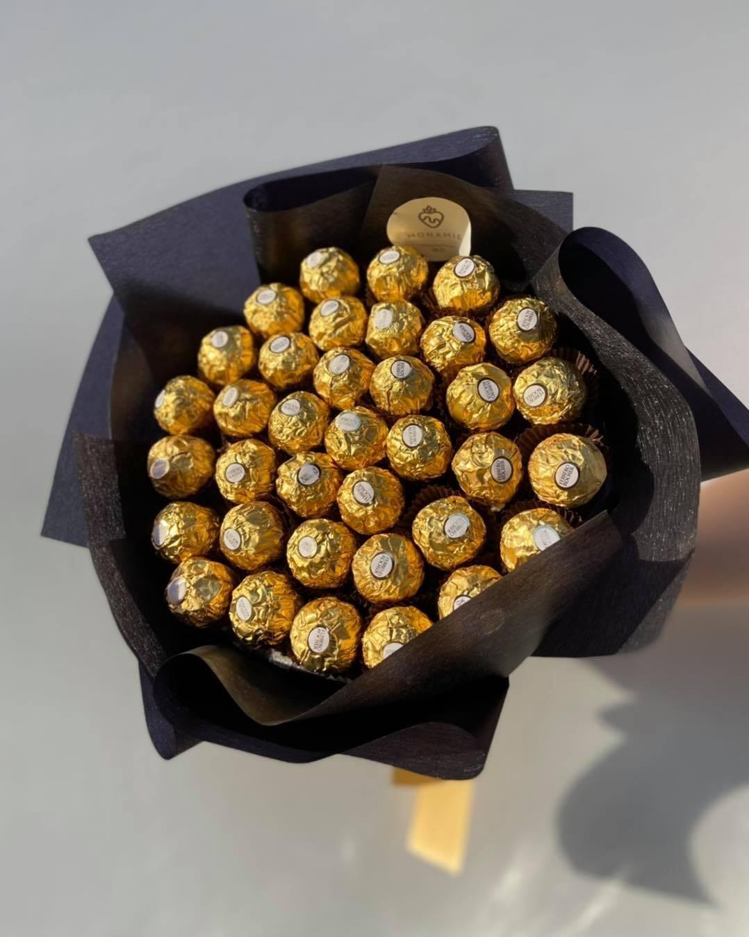 ფერერო როშეს თაიგული   Ferrero Rocher Bouquet