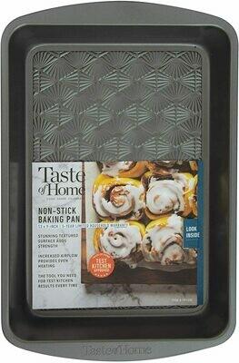 """Taste of Home™ Non-Stick 9"""" x 13"""" Roasting & Baking Pan"""