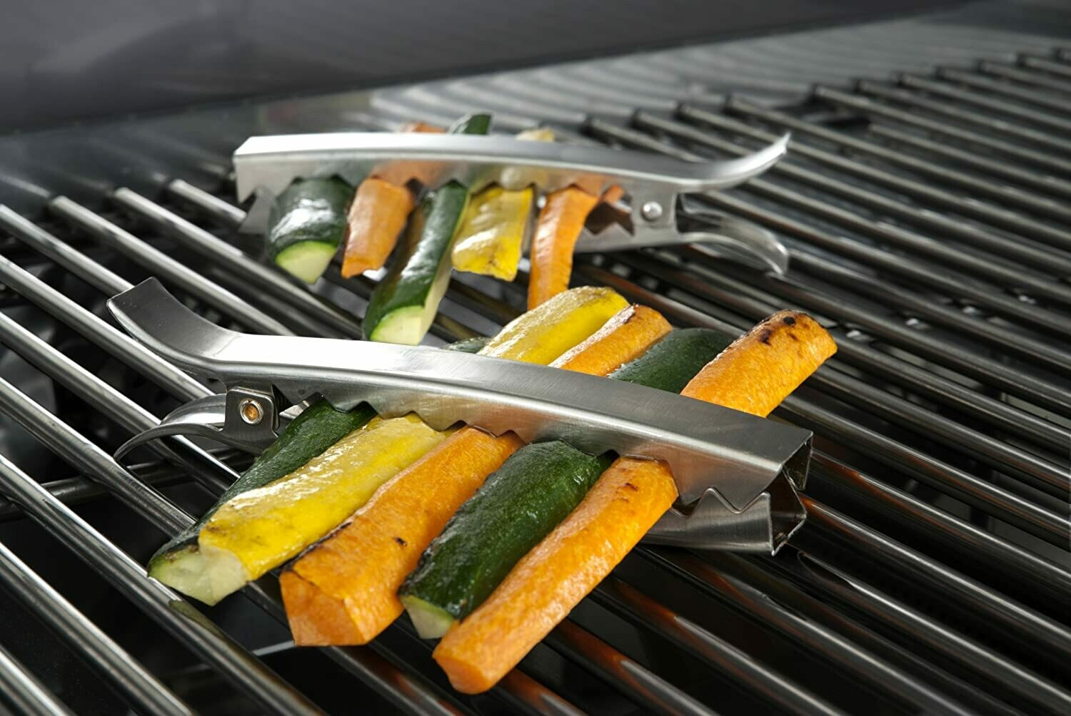 Charcoal Companion®️ Stainless Steel Grill Clips