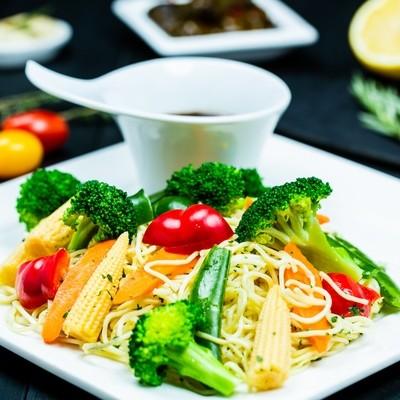 Veggie Stir-Fry With Noodle