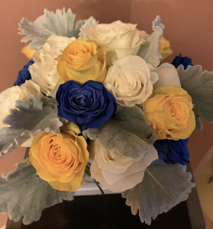Judy's Collection - Limited Edition - Blue Tinted Roses (need Advance Order)