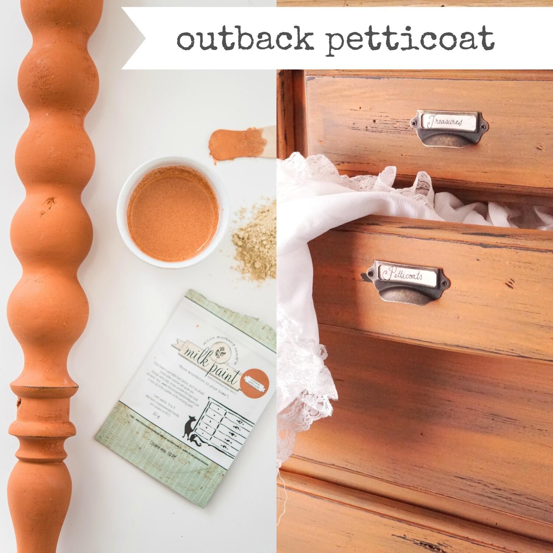 Outback Petticoat Quart