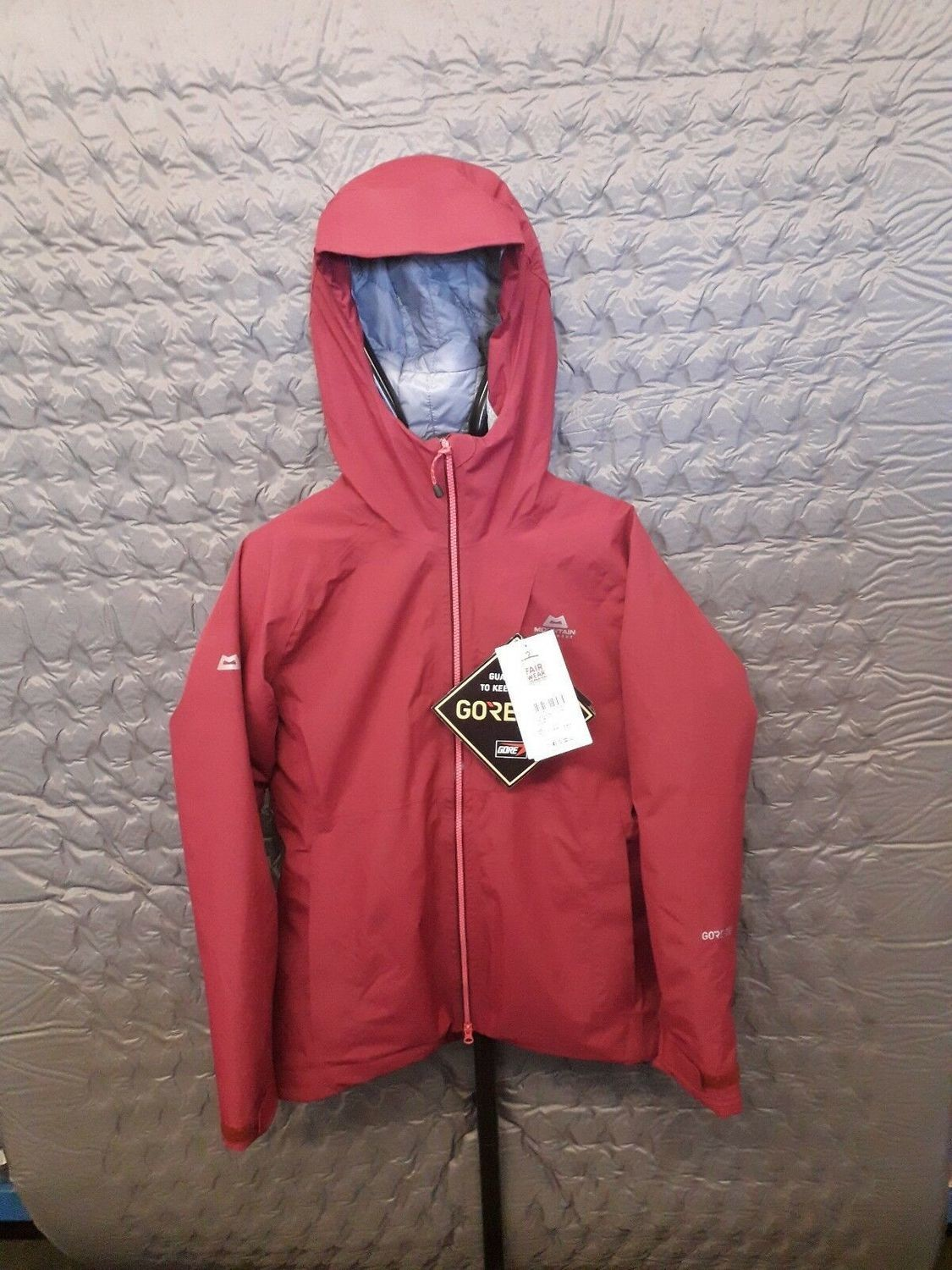 MOUNTAIN EQUIPMENT ALTAI GORETEX INSULATED JACKET CRANBERRY 12