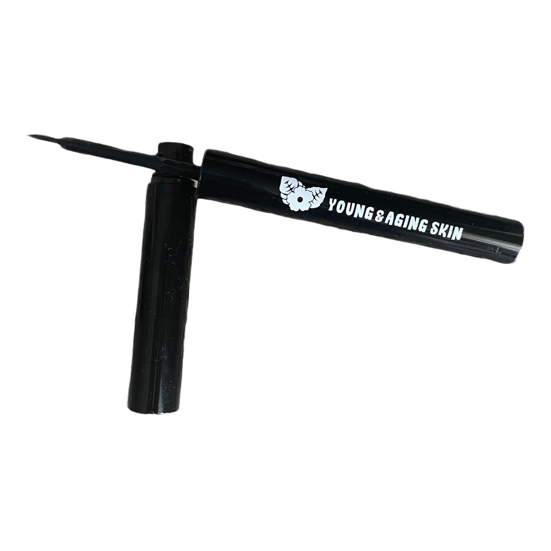 Liquid Eyeliner In Black Waterproof