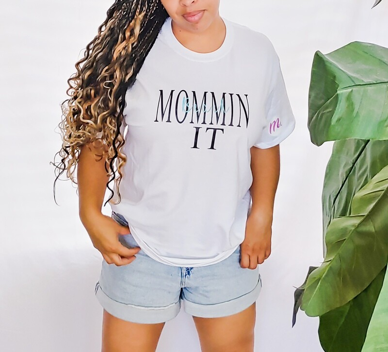 Beach Momminit t-shirt