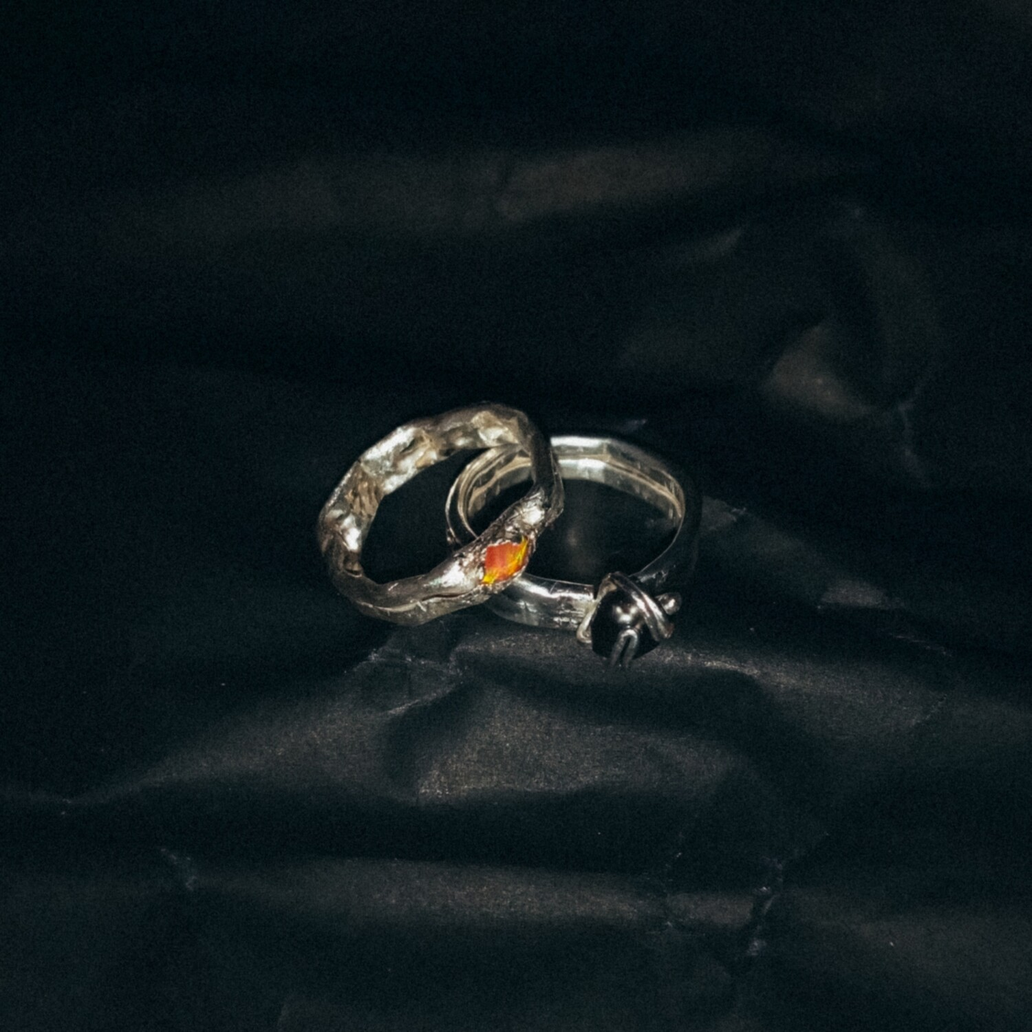 *SIZE 2–3 Peach Opal and Black Pearl Ring Set