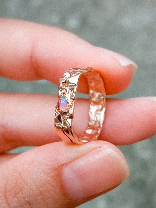 FRACTURED RING PINK OPAL