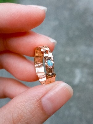 FRACTURED RING SKY BLUE OPAL