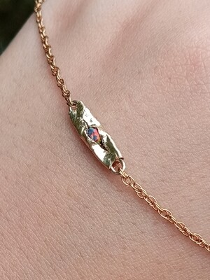 FRACTURED NECKLACE