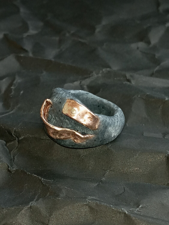 Quartz Goldfill Ring