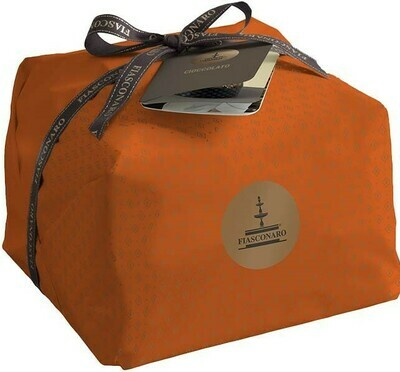 FIASCONARO PANETTONE WITH CHOCOLATE HAND WRAPPED - 1kg