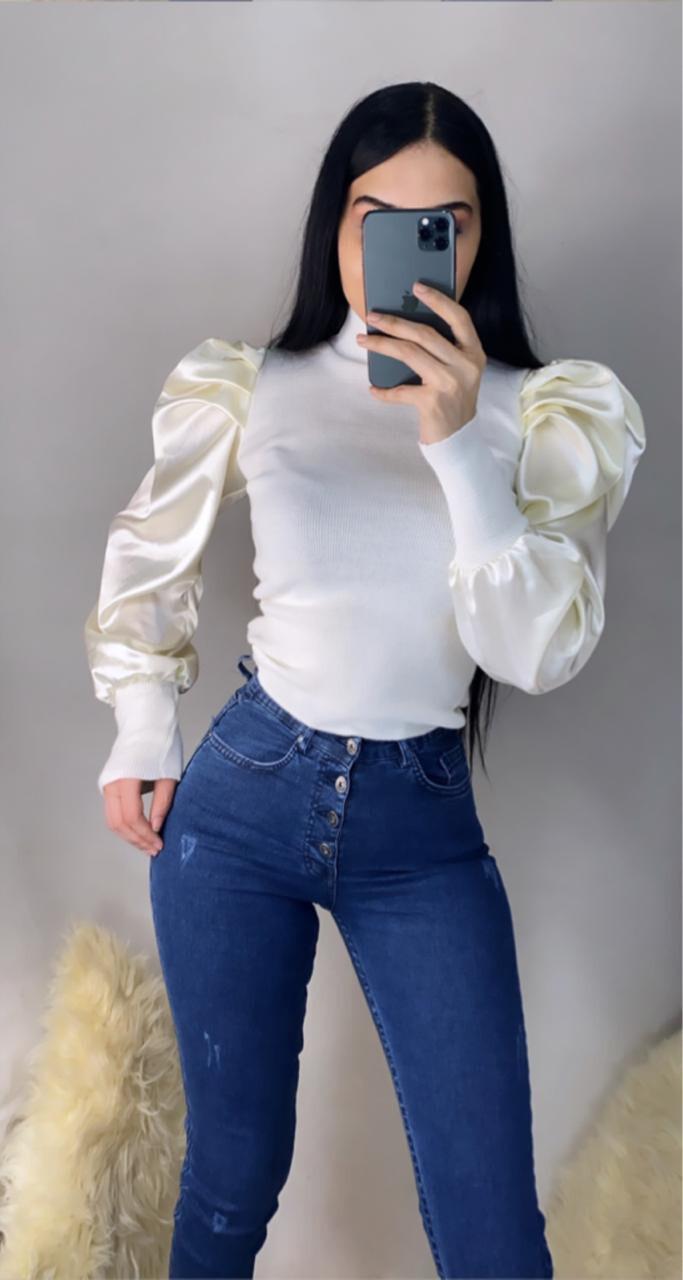 بلوز ابيض + جينز