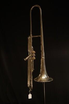 Trombone court à pistons