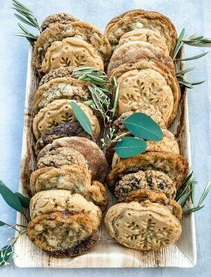 Two Dozen Cookie Box