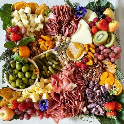 "The ""Gathering"" Grazing Board"