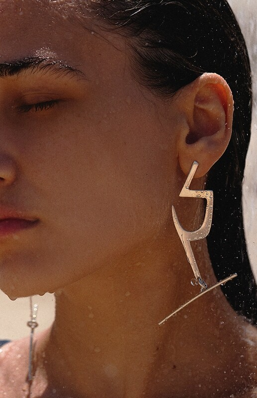 harpē earrings