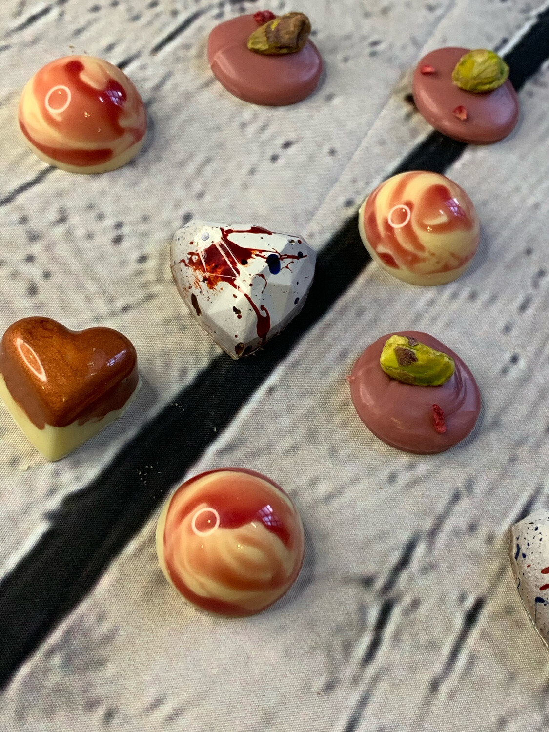 """Box of 12 """"Mother's Day"""" bonbons"""