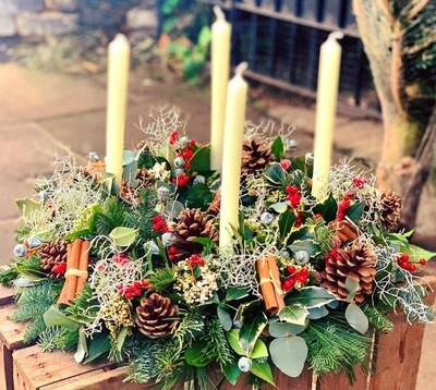 Candlelight advent/table arrangement